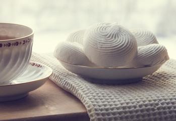 Tea and marshmallow cakes
