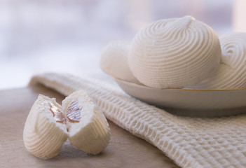 Marshmallow cakes