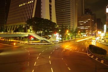 夜の交差点
