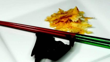 Japanische Kombu Alge und Bonito Flocken für Dashi Brühe