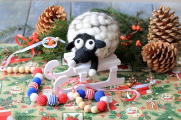 Рождественская овца декорация