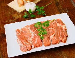 faux-filet,viande rouge crue
