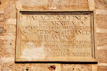 Cáceres, placa conmemorativa, Franco, dictadura
