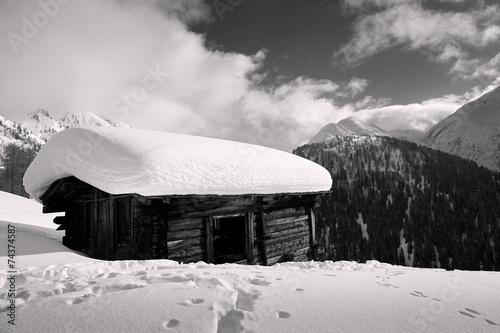 canvas print picture Alphütte mit Schnee