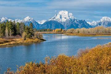 Oxbow bend in Grand Teton National Park during autumn