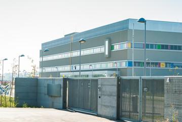Edificio Industriale, fabbrica, acesso