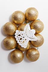 Ангел и золотые шары