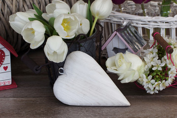 Herz mit Tulpen