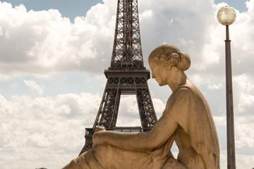 particolare della Torre Eiffel