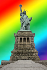Estatua de la libertad fondo arco iris
