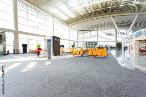 Foto op Plexiglas Luchthaven modern airport waiting hall interior