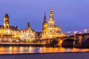 Dresdens Skyline im Abendlicht