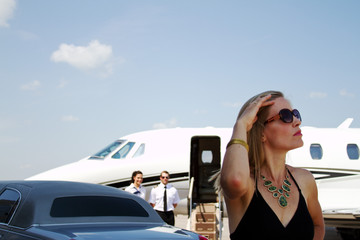 Young diva lady just off plane