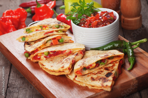 Poster, Tablou Quesadillas with salsa