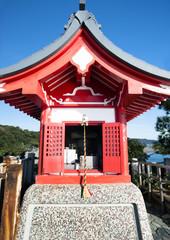 高知県、観光名所の桂浜の竜王岬です。