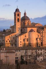 Il palazzo ducale ed il duomo di Urbino, Marche