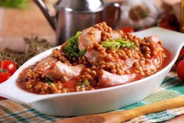 zuppa di salsiccia e lenticchie