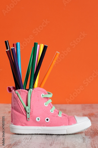 canvas print picture child shoe