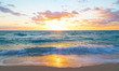 Leinwanddruck Bild - Sunrise over the ocean in Miami Beach, Florida