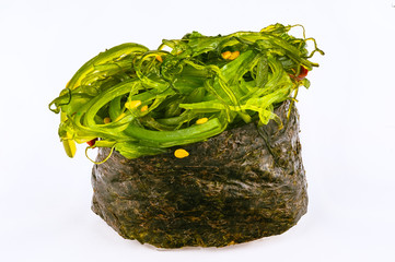 Sushi Gunkan with chuka algae