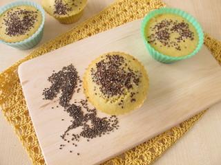 Maisbrot Muffins mit Chiasamen
