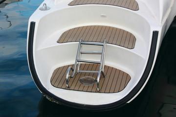 Catamaran Canoe Stern
