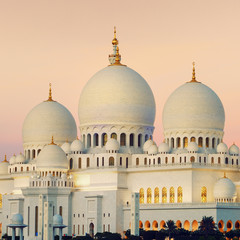 View of Abu Dhabi Sheikh Zayed Mosque at sunset