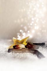 Stern mit Geschenkband