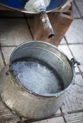 Producing plum brandy