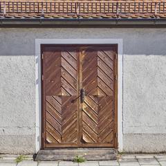 house wooden brown door, Munchen, Germany