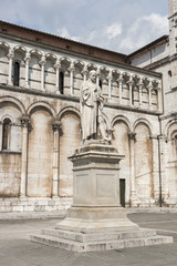 Lucca, Italy, statue of Francesco Burlamacchi, behind the cathed