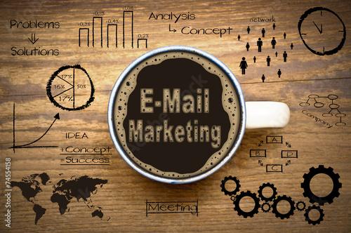 Foto op Canvas Koffie E-Mail-Marketing