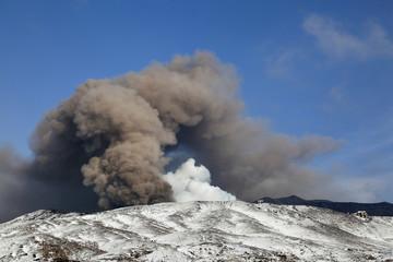 阿蘇噴火口冬景色