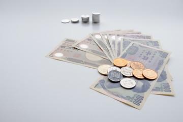 お札と硬貨