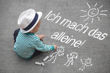 Kinderzeichnung - Ich mach das alleine!