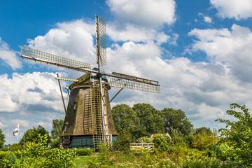Rieker mill, Amsterdam