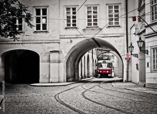 Foto op Aluminium Praag Red tram