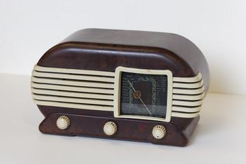 Tesla, Modell Talisman 307 U, tschechisches  Radio von 1948