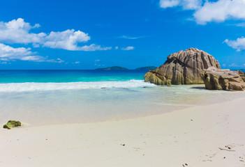 Island Getaway Tide
