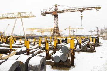 storage of reinforcing steel rolls and metal bars