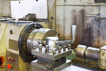 spindles of metal lathe machine