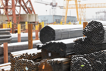 storage of steel pipes in outdoor warehouse