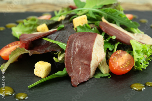 Fotobehang Salade salade de magret de canard
