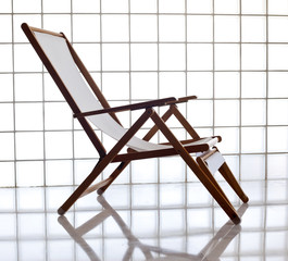 Wooden chaise longue