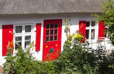 Reetgedecktes Haus in Ahrenshoop