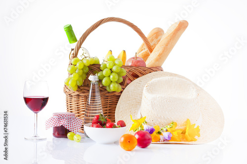 Deurstickers Picknick White wine, fruit and picnic food