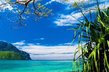 Tranquil Waters Vacation Wallpaper
