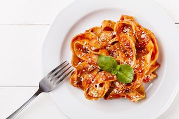 Pasta tagiatelle with tomato