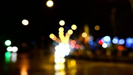 gece ışıkları ve araç trafiği