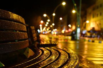cadde ve sessizlik